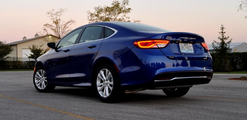2015 Chrysler 200 Limited 15