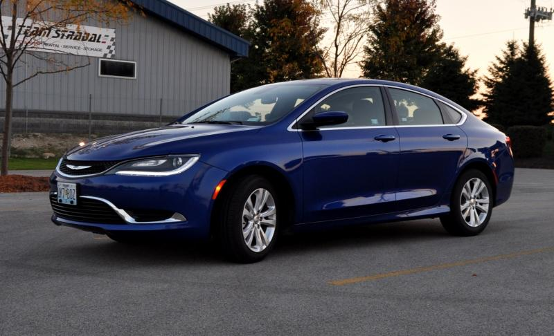 2015 Chrysler 200 Limited 18