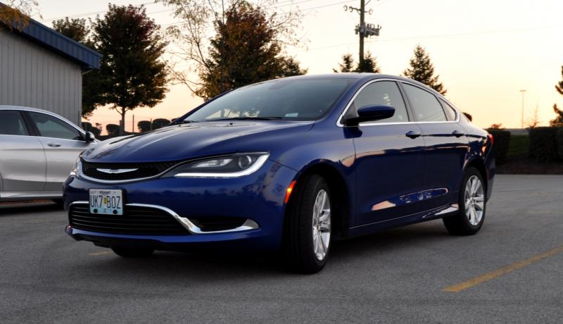 2015 Chrysler 200 Limited 19