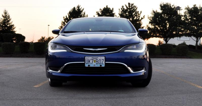 2015 Chrysler 200 Limited 2