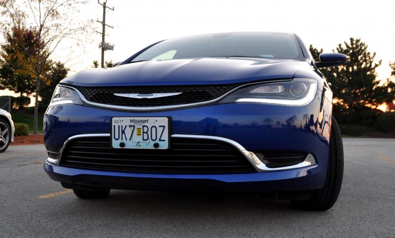 2015 Chrysler 200 Limited 20