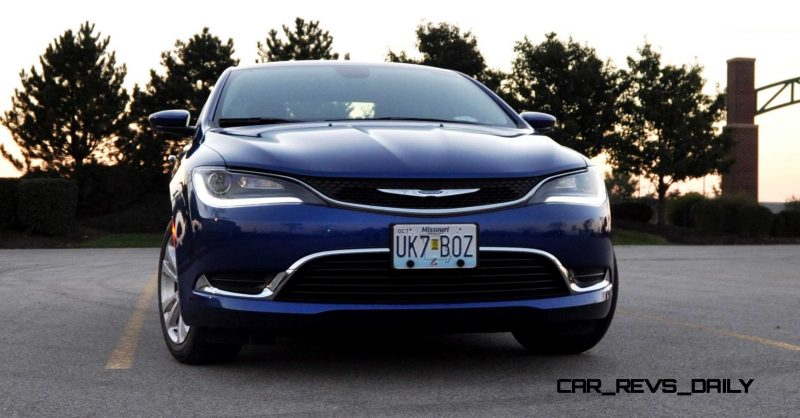 2015 Chrysler 200 Limited 3