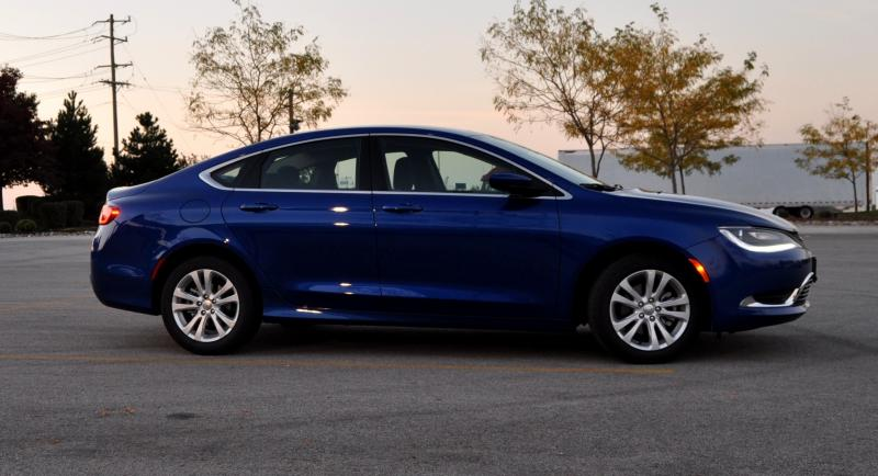 2015 Chrysler 200 Limited 7