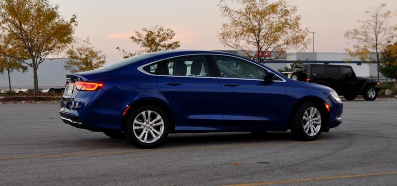 2015 Chrysler 200 Limited 9