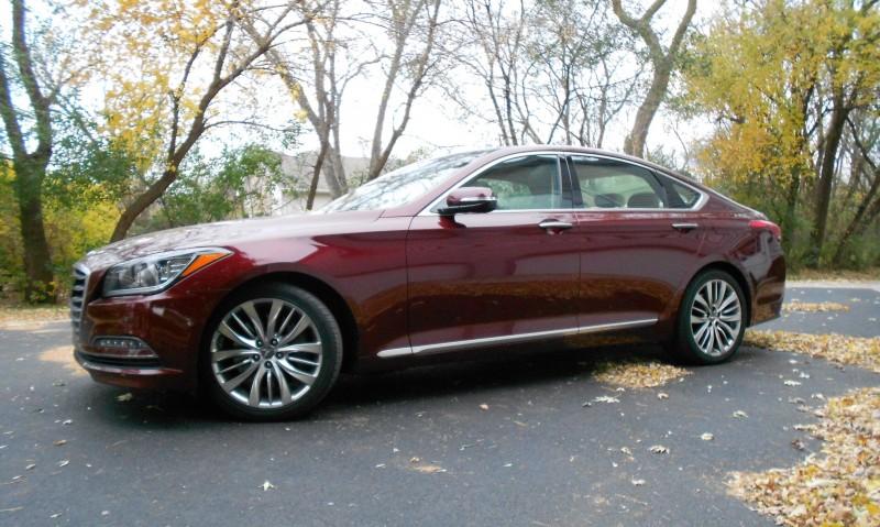 2015 Hyundai Genesis 5.0 Review 1