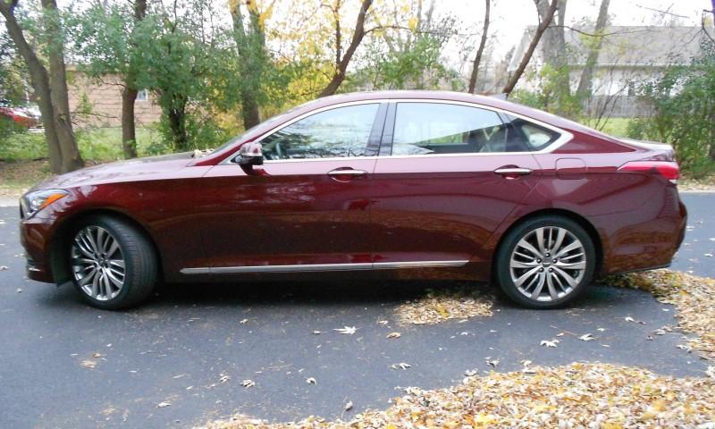 2015 Hyundai Genesis 5.0 Review 2