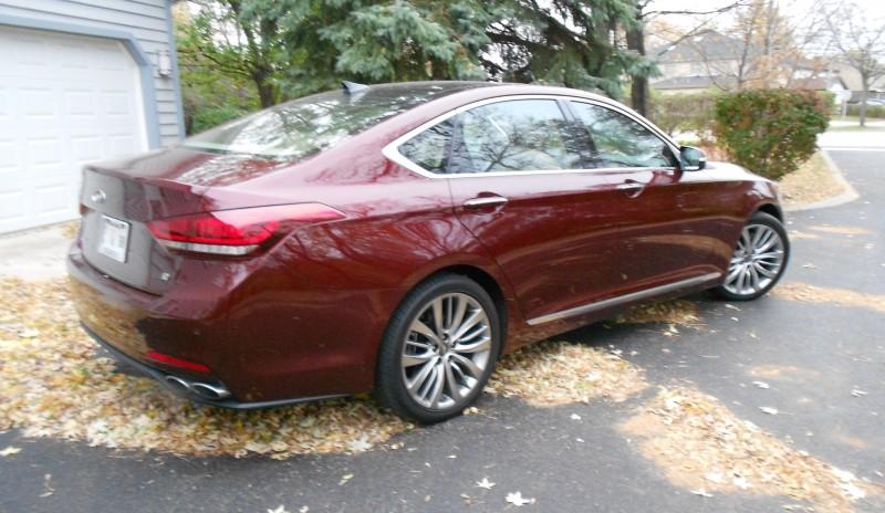 2015 Hyundai Genesis 5.0 Review 5