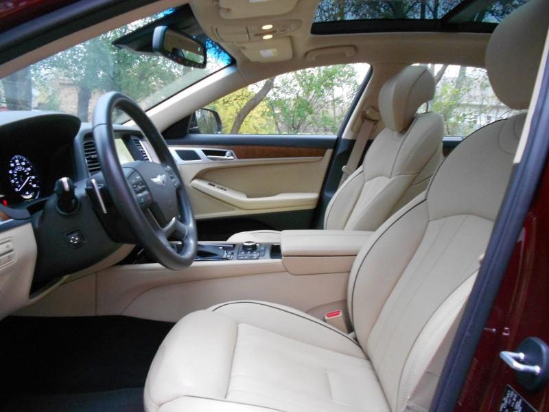 2015 Hyundai Genesis 5.0 Review 8
