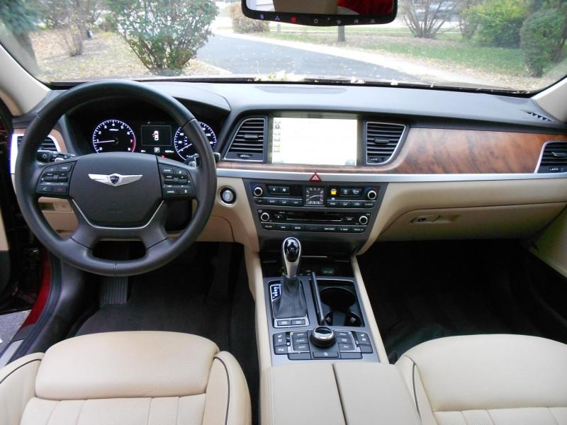 2015 Hyundai Genesis 5.0 Review 9