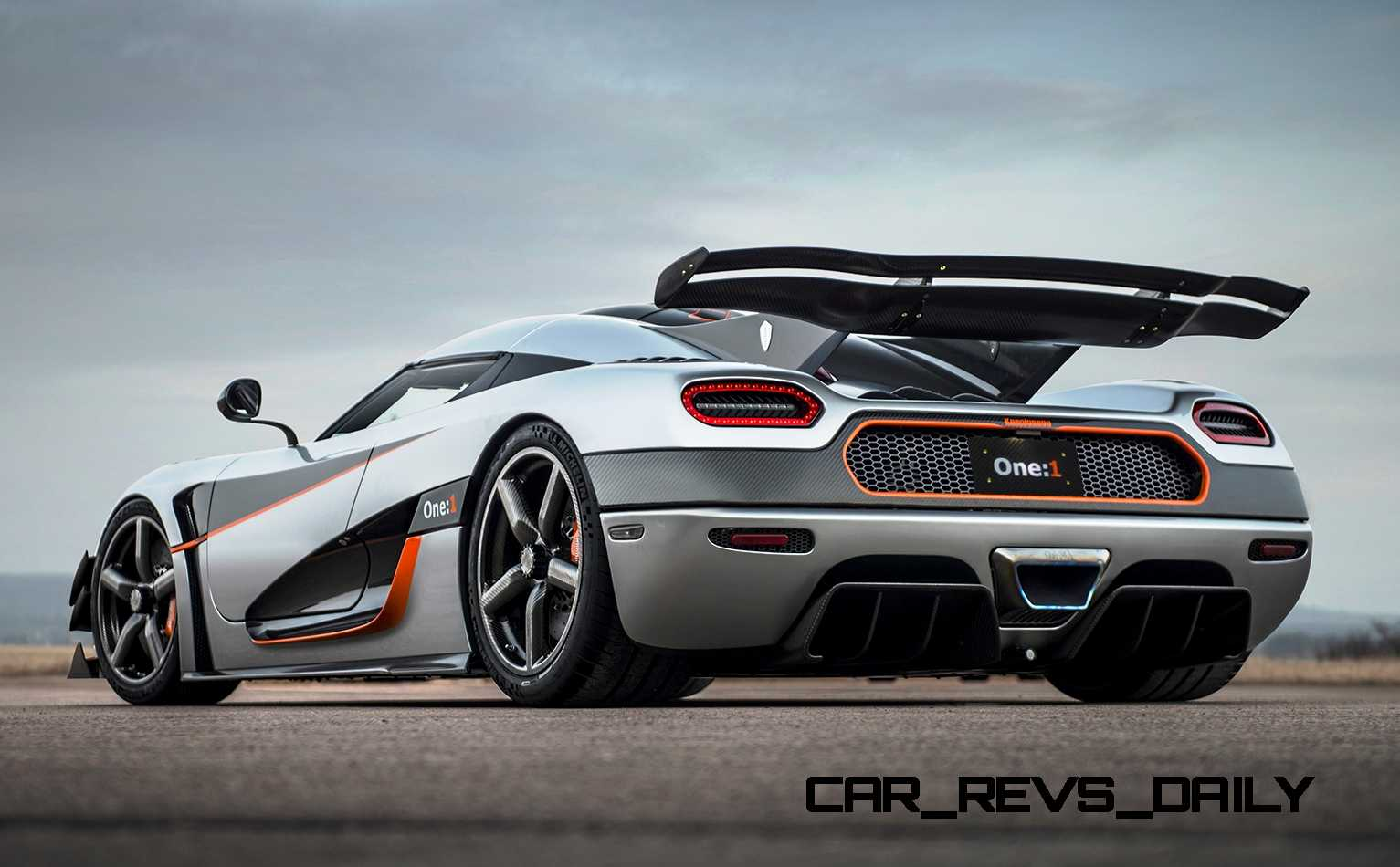 Turbo Back Exhaust >> 2015 Koenigsegg Agera One:1 Back in USA Via Manhattan ...