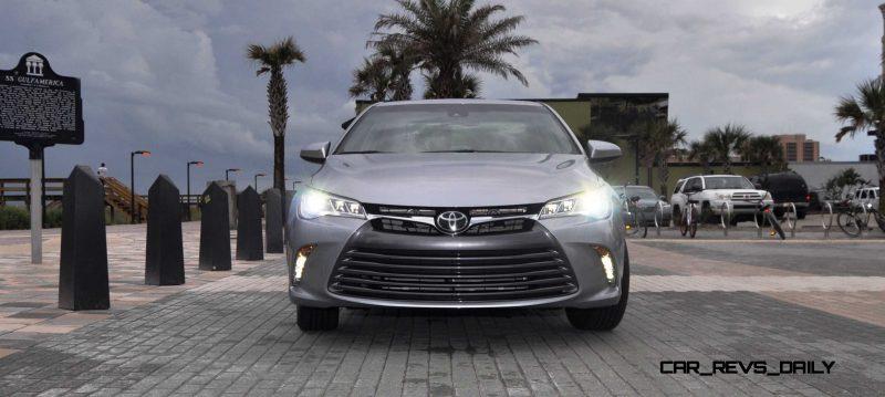 2015 Toyota Camry XLE V6 1