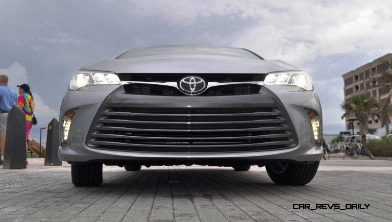 2015 Toyota Camry XLE V6 13