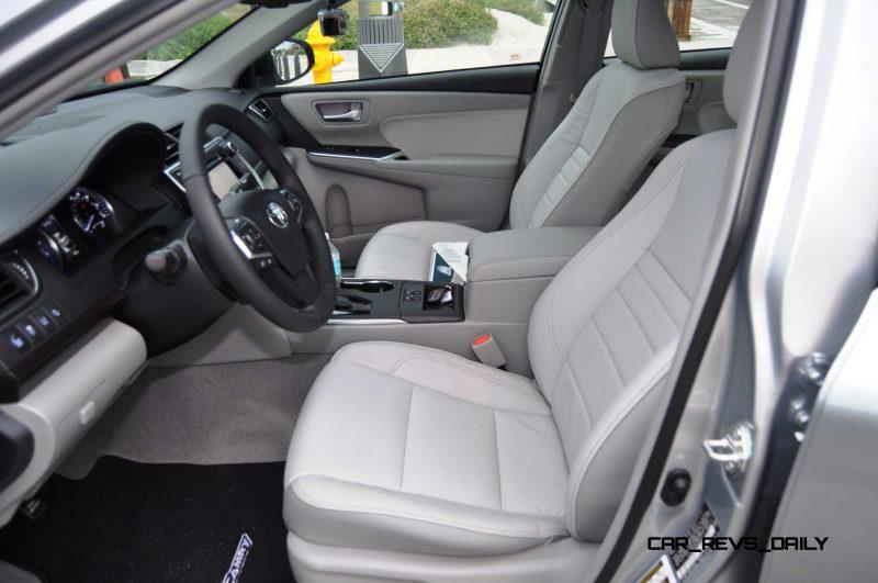 2015 Toyota Camry XLE V6 15