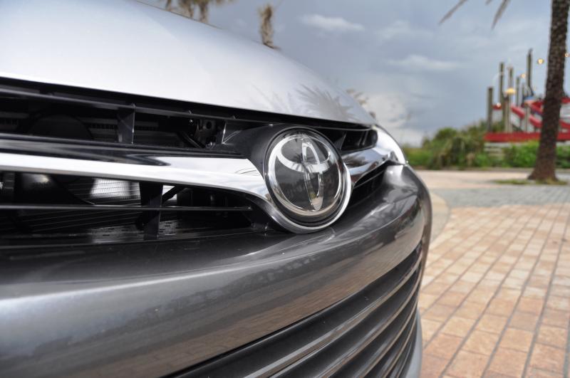 2015 Toyota Camry XLE V6 48