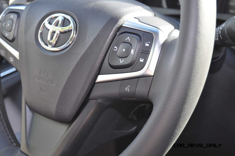2015 Toyota Camry XLE V6 57