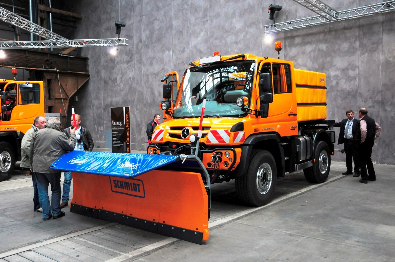 2015 Unimog U218 and U423 Upfit Showcase 114