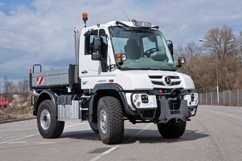 2015 Unimog U218 and U423 Upfit Showcase 129