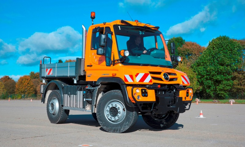 2015 Unimog U218 and U423 Upfit Showcase 15