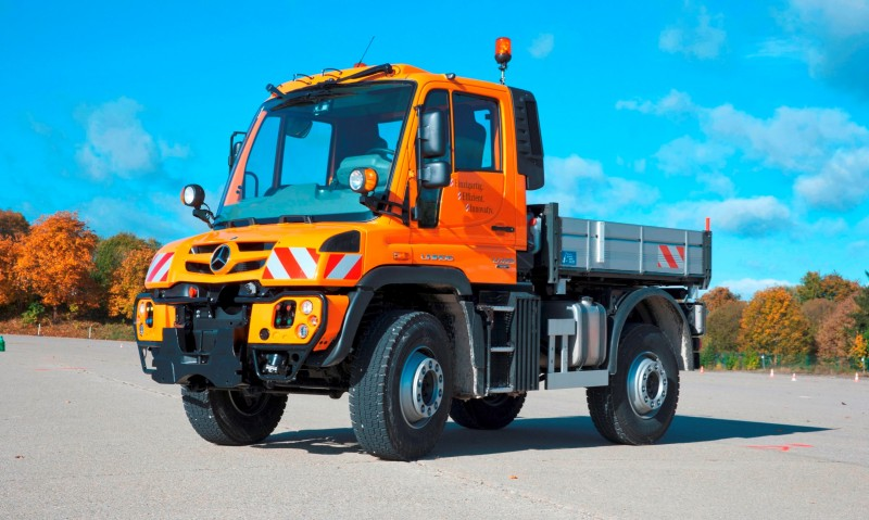 2015 Unimog U218 and U423 Upfit Showcase 16