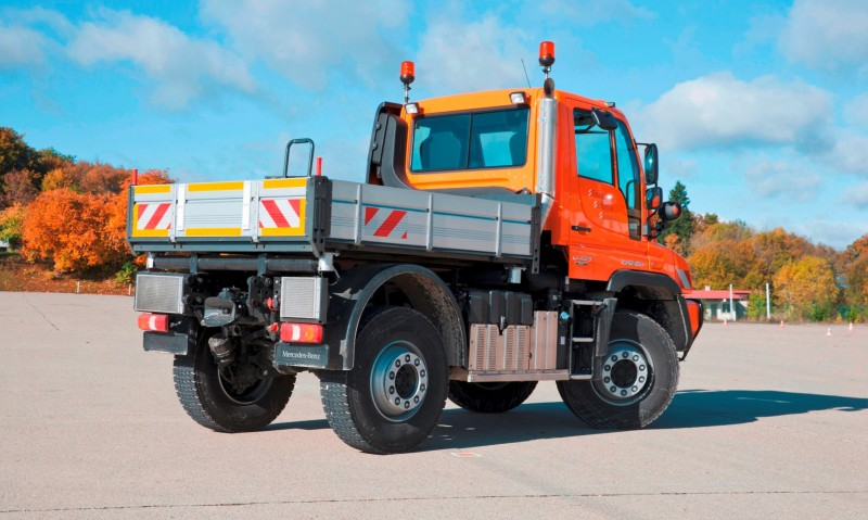 2015 Unimog U218 and U423 Upfit Showcase 17