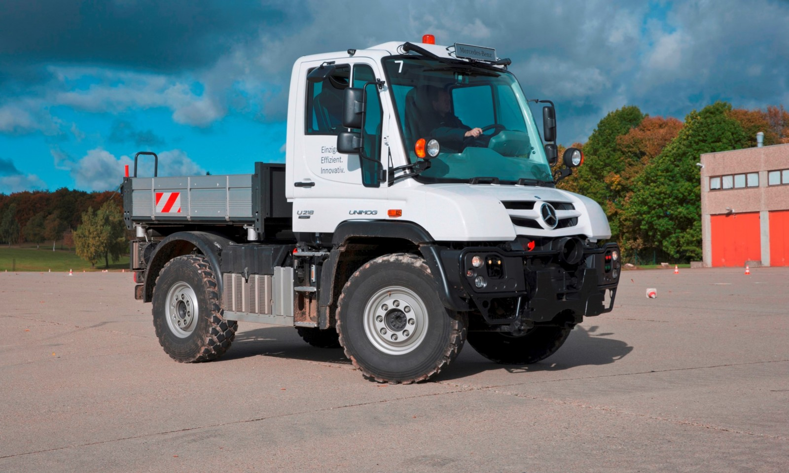 2015 Unimog U218 and U423 Upfit Showcase 2