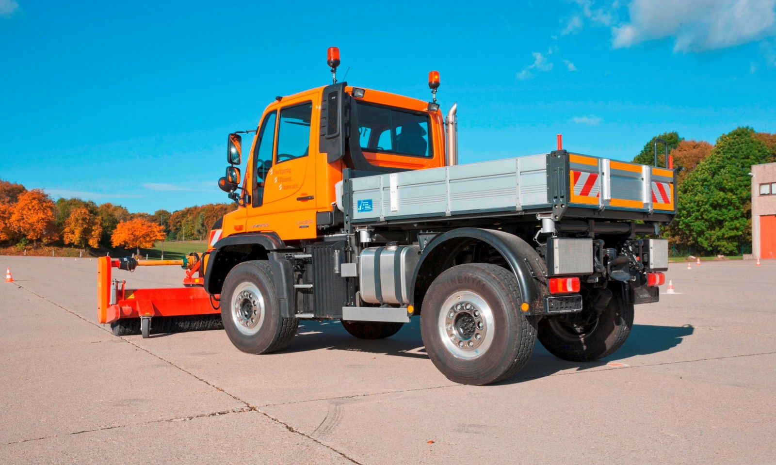 2015 Unimog U218 and U423 Upfit Showcase 25