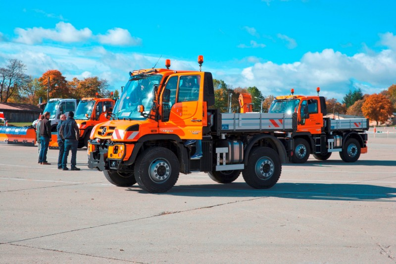 2015 Unimog U218 and U423 Upfit Showcase 33