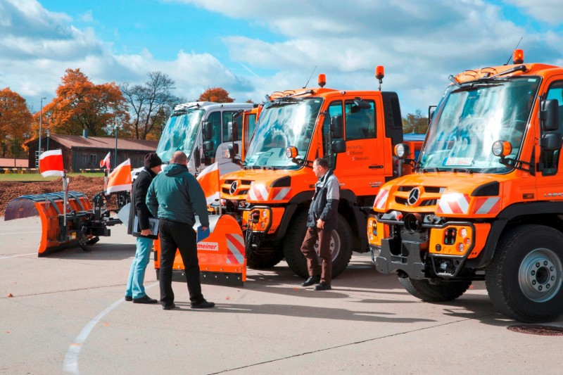 2015 Unimog U218 and U423 Upfit Showcase 35