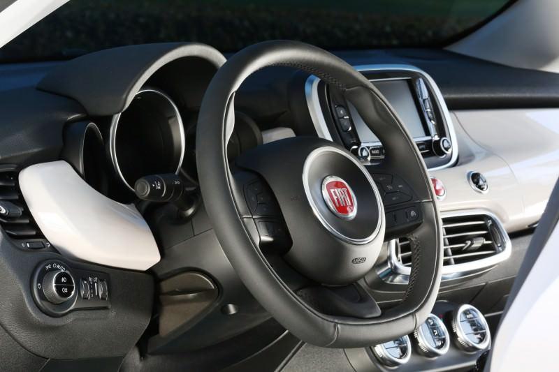 2016 Fiat 500X 51