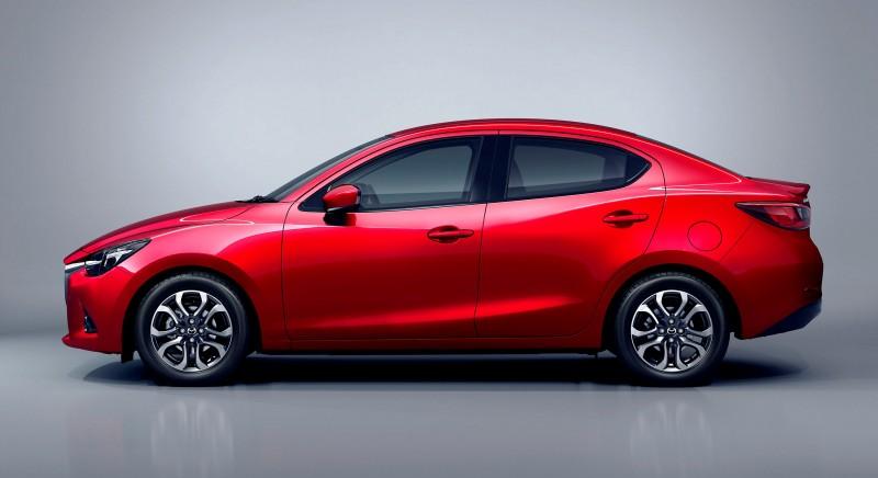 2016 Mazda2 Sedan 13