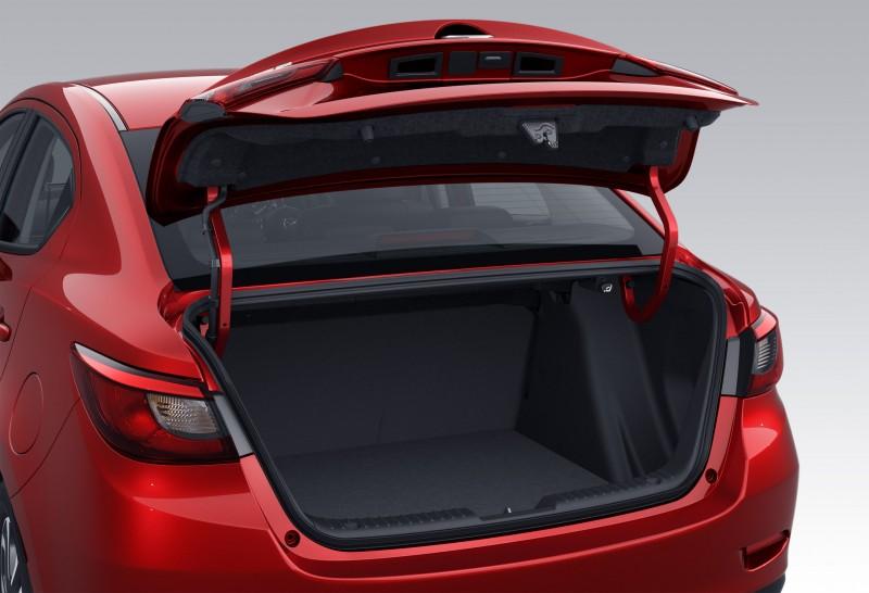 2016 Mazda2 Sedan 15