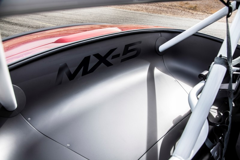 2016 MazdaSpeed MX-5 Racecar 10
