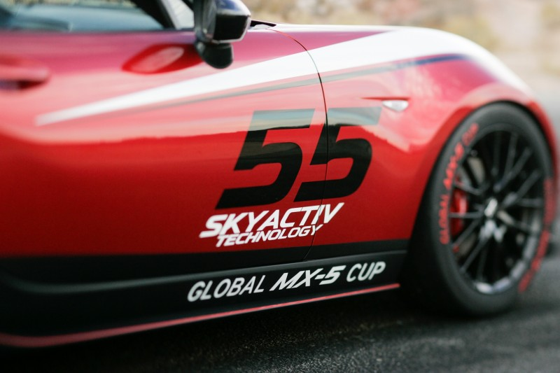 2016 MazdaSpeed MX-5 Racecar 15