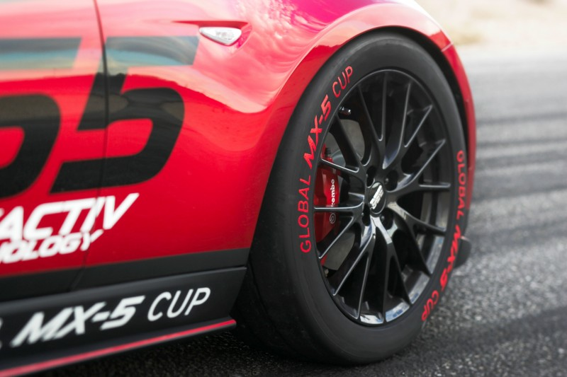 2016 MazdaSpeed MX-5 Racecar 5