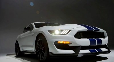2016 SHELBY GT350 Mustang White 33