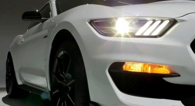 2016 SHELBY GT350 Mustang White 42