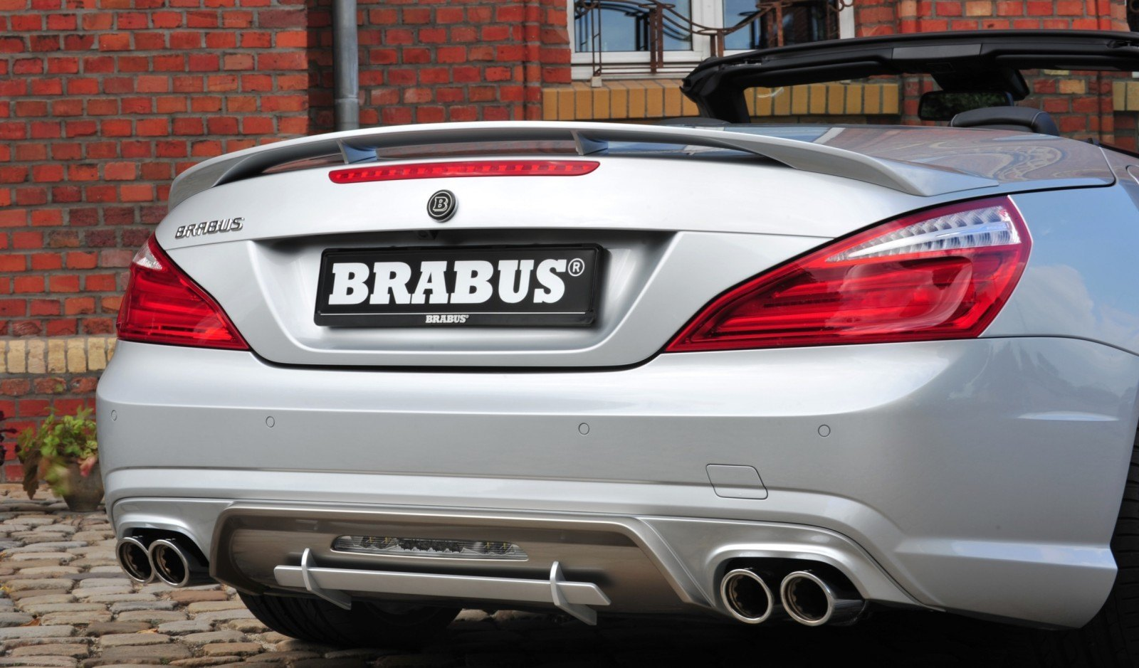 BRABUS Mercedes-Benz SL550 R231 27