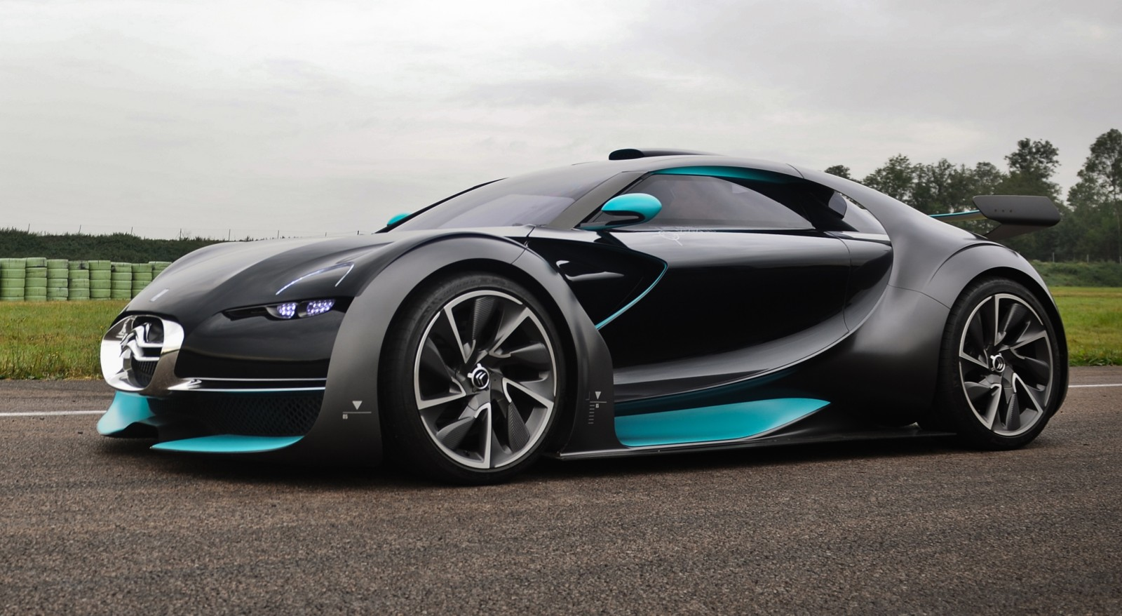 Concept Flashback - 2010 Citroen Survolt 103