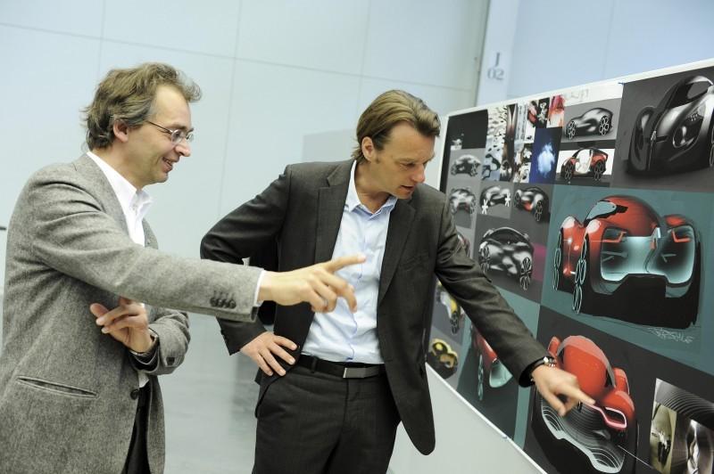Concept Flashback - 2010 Renault DeZir 31