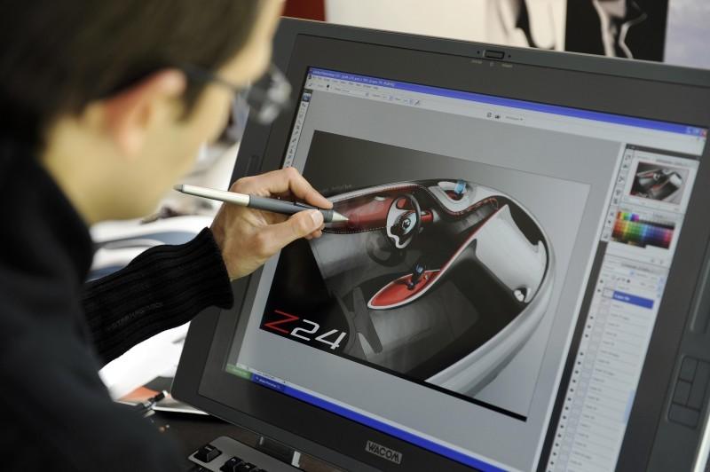 Concept Flashback - 2010 Renault DeZir 32