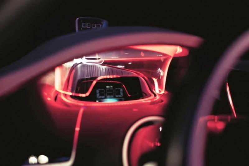 Concept Flashback - 2010 Renault DeZir 65