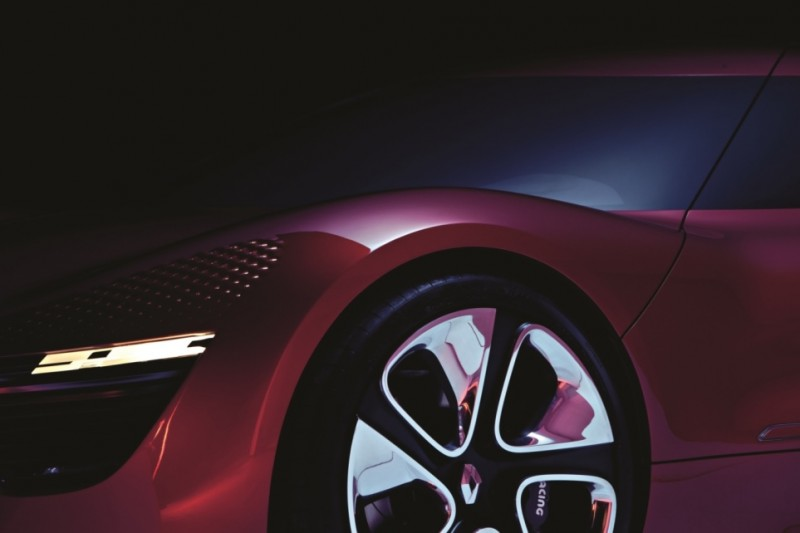 Concept Flashback - 2010 Renault DeZir 70
