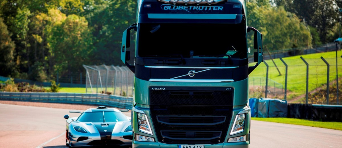 Fifth Gear's Tiff Needell Presents - Volvo FH Truck vs Koenigsegg One1 11
