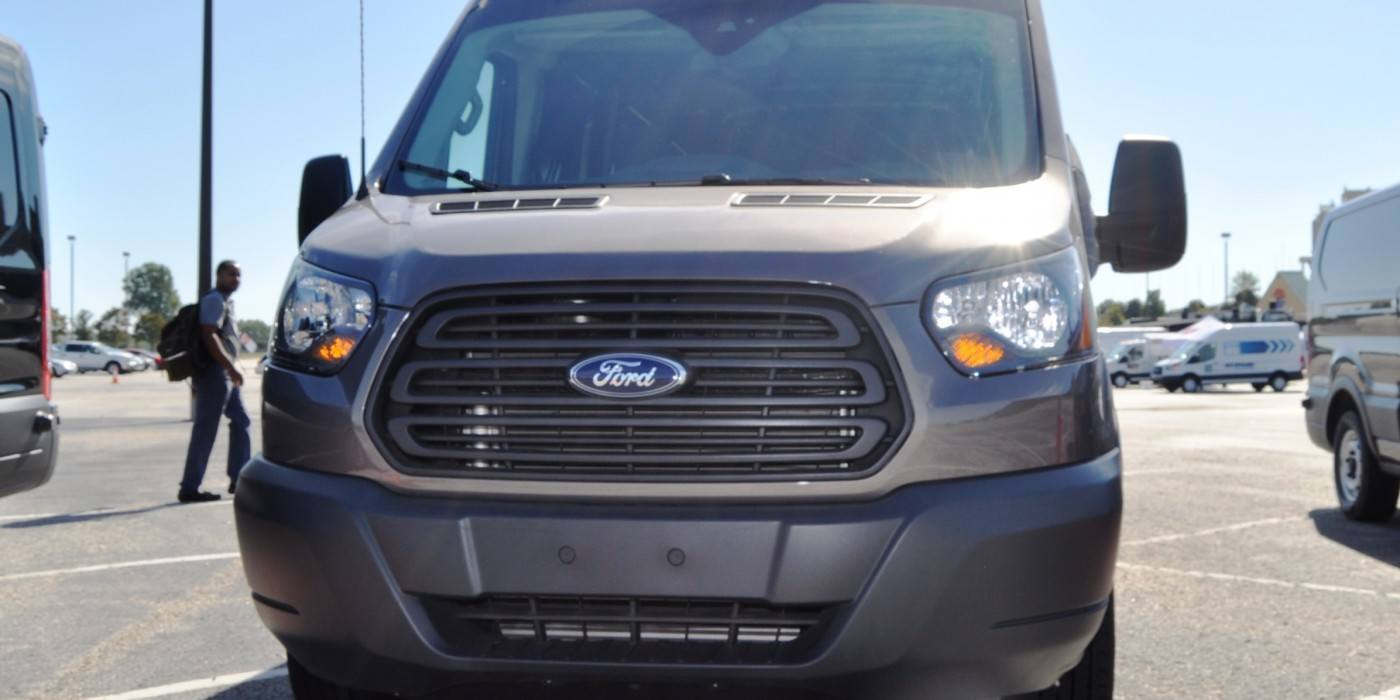 hd track drive review 2015 ford transit powerstroke diesel high roof long box cargo van 43. Black Bedroom Furniture Sets. Home Design Ideas