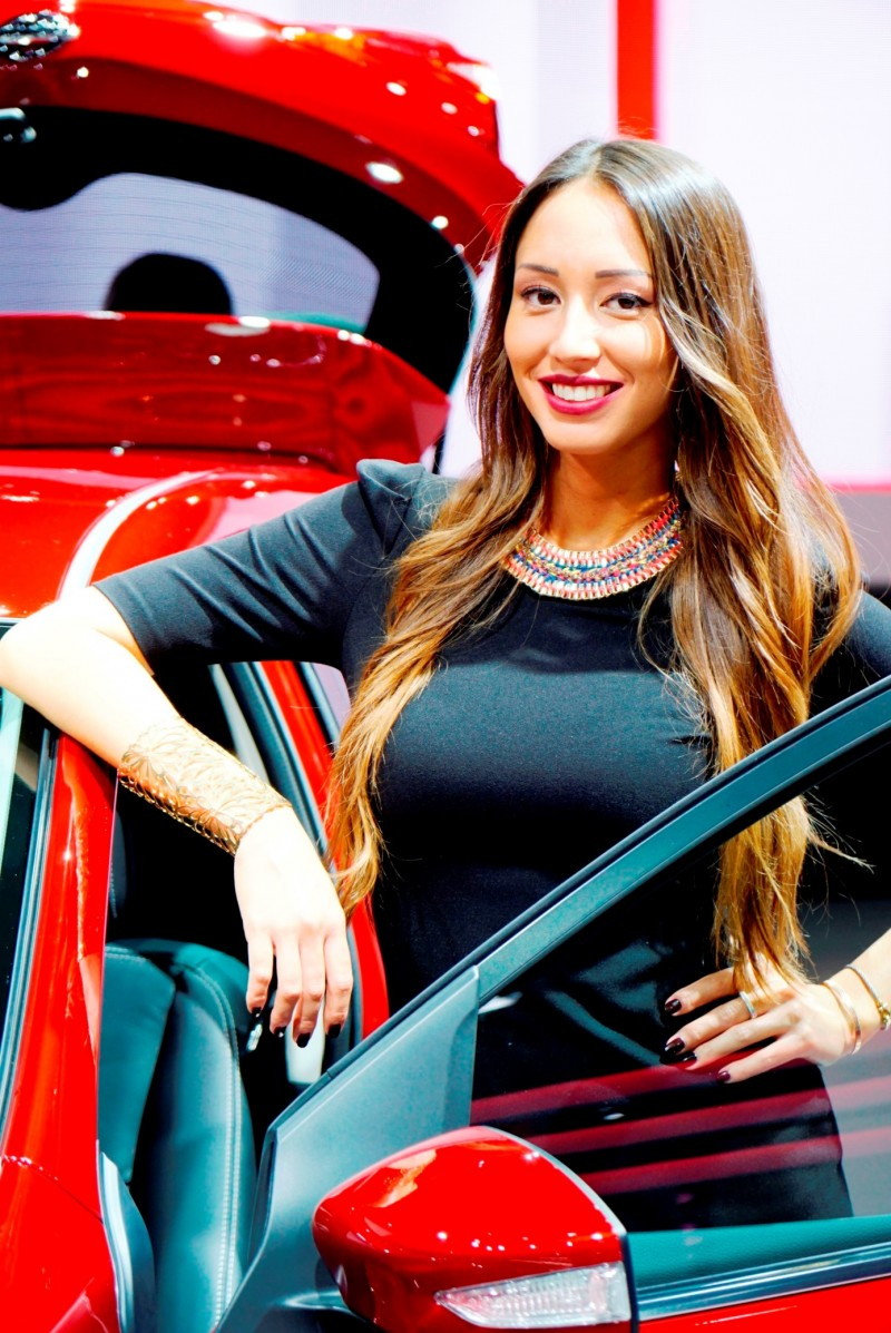 Paris 2014 - The Motor Show Girls 17