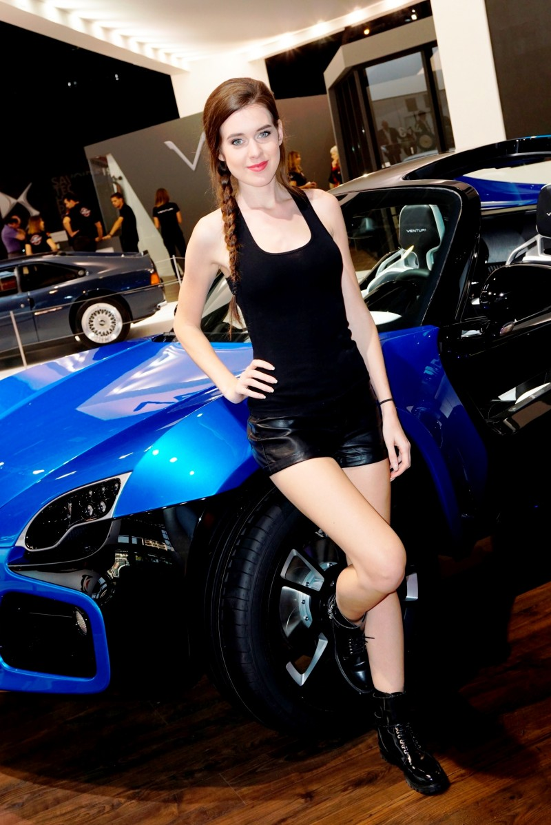 Paris 2014 - The Motor Show Girls 21