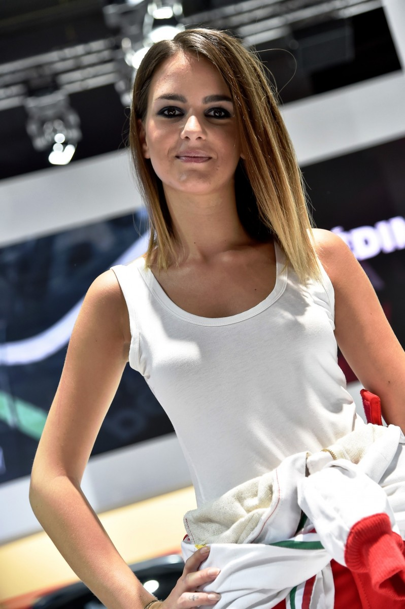 Paris 2014 - The Motor Show Girls 23