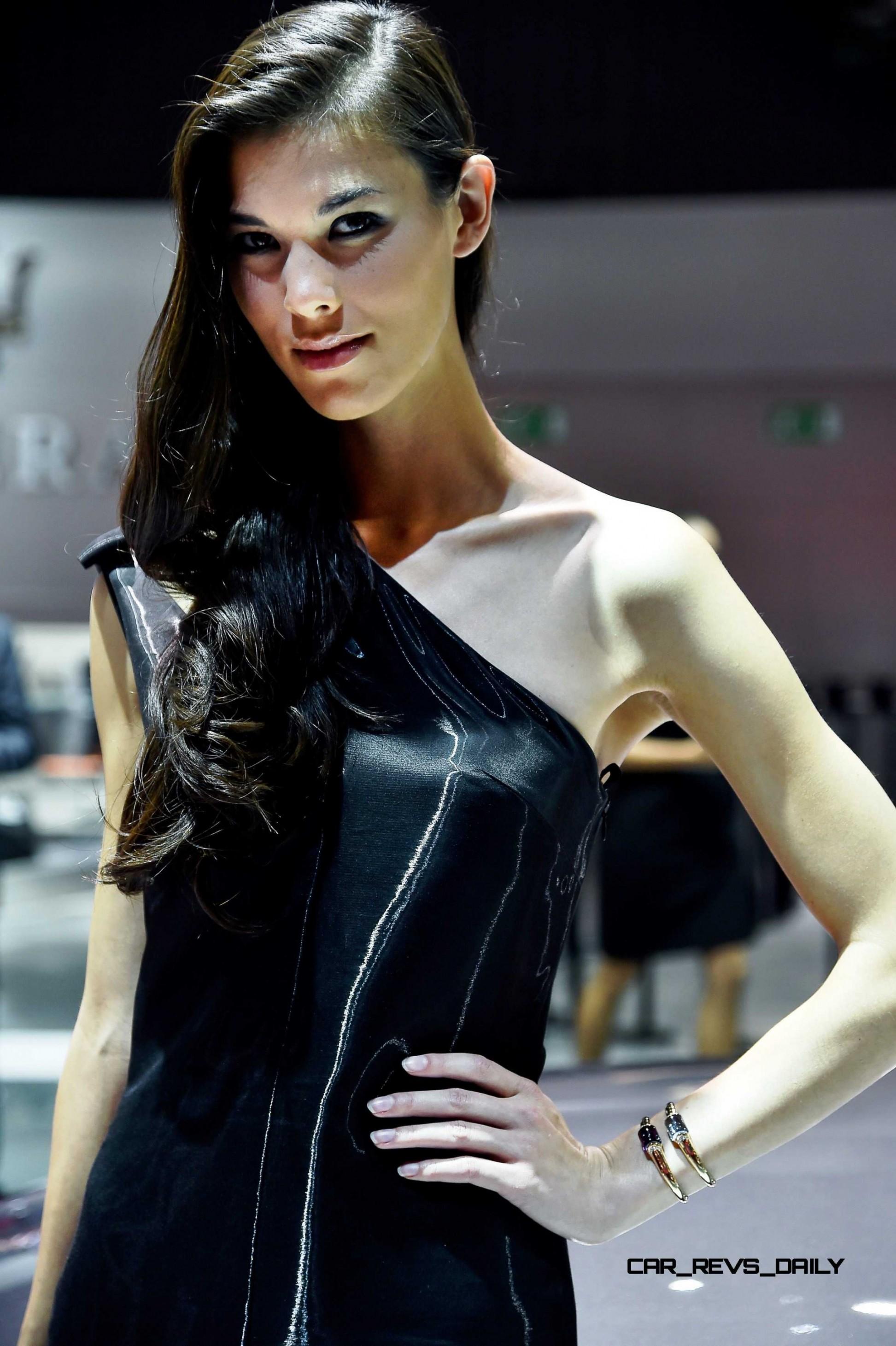 paris 2014 motor show girls mega gallery