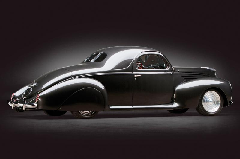 RM Dallas Preview - 600HP V12 1939 Lincoln Zephyr Coupe 2