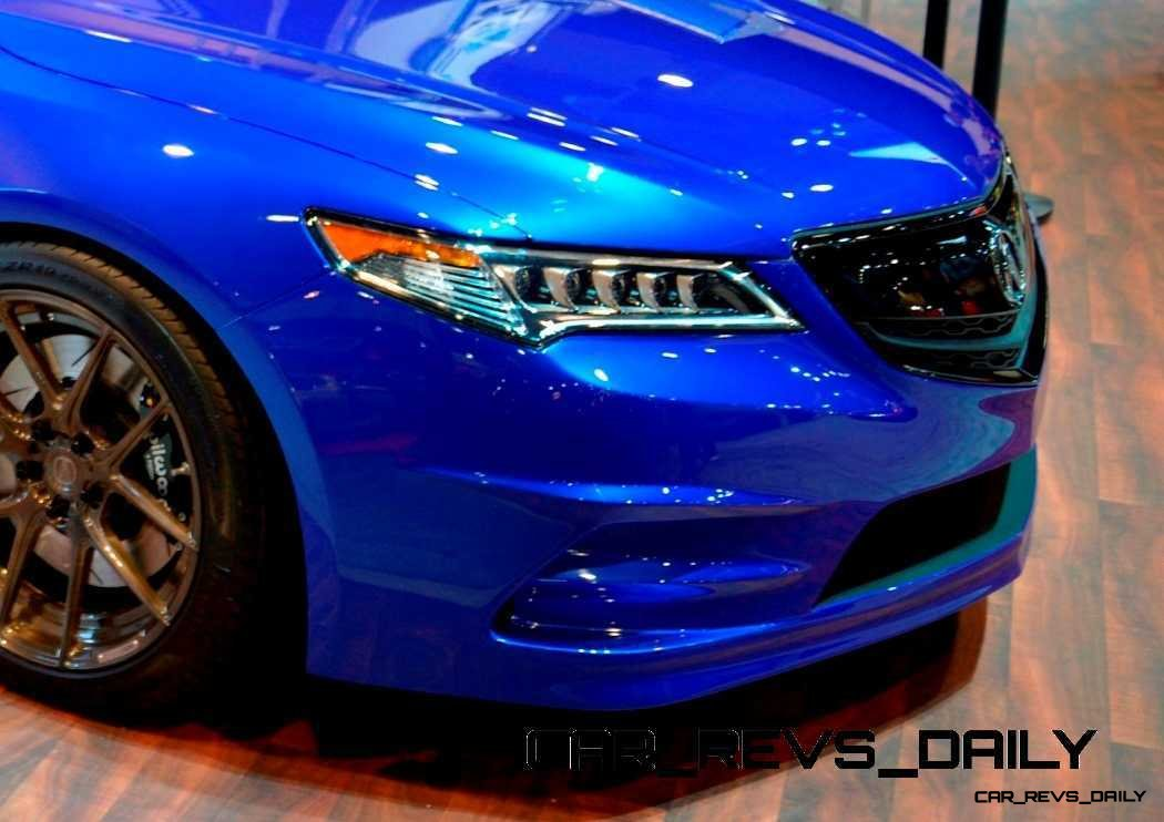 SEMA 2014 Showfloor Photo Gallery - The CARS 12